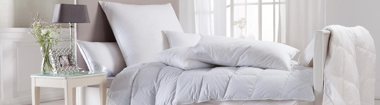 Hochwertige Bettwaren von Estella: Bettdecken und Kissen